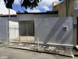 Título do anúncio: Casa 2 Quartos Aracaju - SE - Luzia