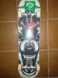 Skate montado completo semi-novo