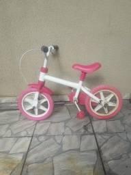 Vendo  bicicleta  para menina 40 reais