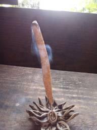 Incensos naturais e terapêuticos para energizar e purificar
