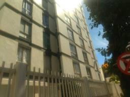 Alugo Apartamento 03 Quartos