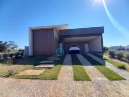 Casa com 3 dormitórios à venda, 196 m² por R$ 850.000,00 - Jardim Veneza - Senador Canedo/