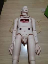 Boneco Simulador de Enfermagem