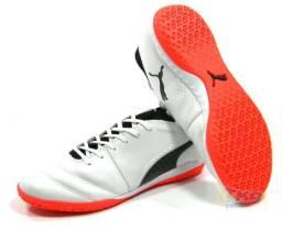 882406dbcd Tenis Puma Futsal One 17.3 Botinha Couro Bco Tam  37 43