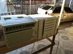 Vendo 2 ar condicionado em perfeitas condições e so compra e usar ja feita as limpezas!!