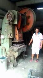 Prensa Excêntrica Hidráulica de 60 toneladas