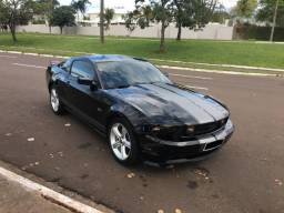 Ford Mustang GT V8 2010 - 2010