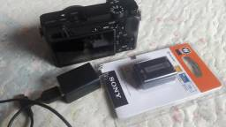 Sony A6300 corpo semi-nova com carregador e bateria(Nova lacrada)