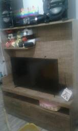 Vendo uma linda estante madeira