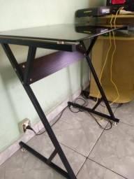 Mesa de vidro temperado para computador ou estudos