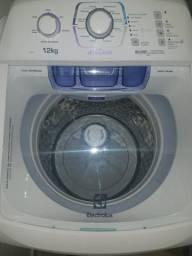 Vendo otima máquina de lavar roupas 12kg
