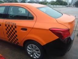 Prisma Sed. LT 1.4 2016/17 Táxi + placa - 2017