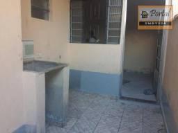 Casa com 1 dormitório para alugar por R$ 400,00/mês - Parque Internacional - Campo Limpo P