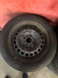 Jogo roda ferro aro 15 com pneus