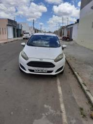 Vendo new fiesta 2014 - 2014