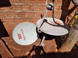Duas antena da SKY