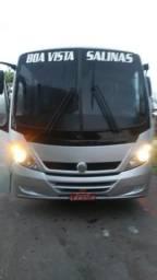Vende - se Micro ônibus 2006