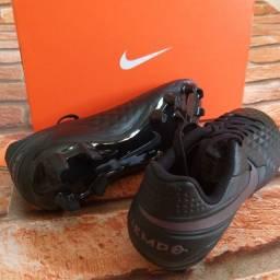 Chuteira Nike tiempo academy tamanho 39