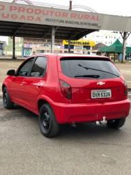 Vende-se Celta 1.0 2015 vermelho completo