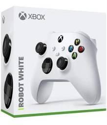 Controle Microsoft para Xbox One S/ Series X/S Preto/branco lacrado oficial