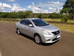 Nissan Versa Sl Impecável