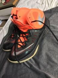 Tênis de basquete Nike original pouco usado