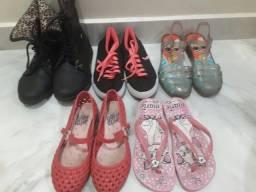 Sapatos de menina tam 30 a 32