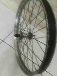 Roda antiga de monareta número 20 valor 80  reais avista