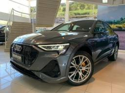 Título do anúncio: Oportunidade!! Audi E-Tron Sportback Performace Black Elétrica Aut 2020 com 16 mil km!!n