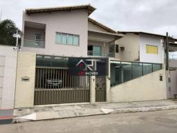 Casa com 4 qts em Interlagos