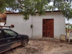Vende-se ou troca em casa na Paraípaba