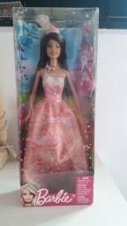 Título do anúncio: Barbie na caixa