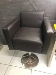 Cadeira infantil para salão ou barbearia