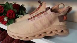 Tênis Adidas n° 42 yezzy