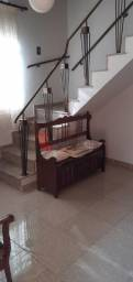 Casa Geminada à venda, 4 quartos, 1 suíte, 3 vagas, Sagrada Família - Belo Horizonte/MG