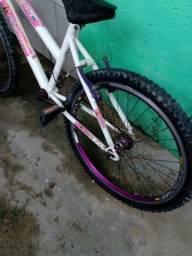 Bicicleta Aro 24 Feminina, Em Bom Estado 200 Reais