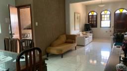 Título do anúncio: Vendo casa com 3 quartos no Sagrada Família