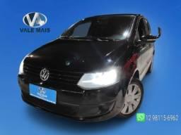 Título do anúncio: Volkswagen Fox  1.0 completo entrada + parcelas de 649