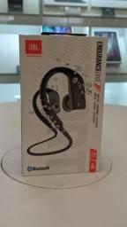Fone de ouvido Bluetooth JBL Endurance Dive (novo)