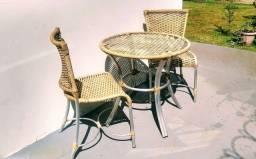 Mesa redonda alumínio com 2 cadeiras