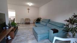 LM. Casa com excelente localização para Comércio em Piedade