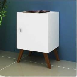 Título do anúncio: Mesa de Cabeceira Branca, ideal para abajur!!