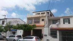 Casa com 3 Pavimentos no Bairro Luzia