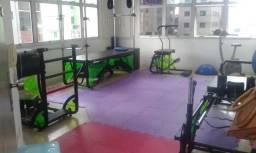 Aparelhos de cross Pilates semi novos
