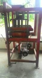 Máquina semi-hidráulica de fazer blocos e 1 Betoneira 400lt