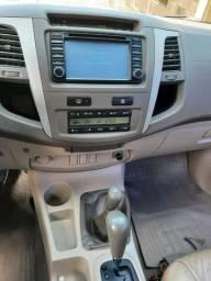 Toyota Hilux 200 SW4 4x4 SRV 3.0 Automática Diesel