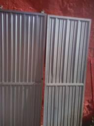 Duas portas de box de aluminio