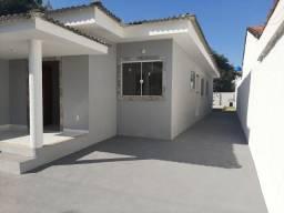 Casa com piscina em itaipuacu