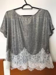Blusa prateada com rendinha