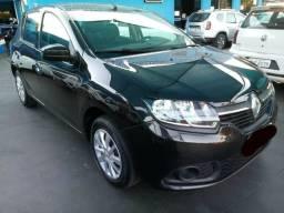 Renault Sandero 2018 1.0